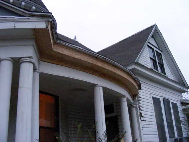 The completed eave--This was a tough day's work.