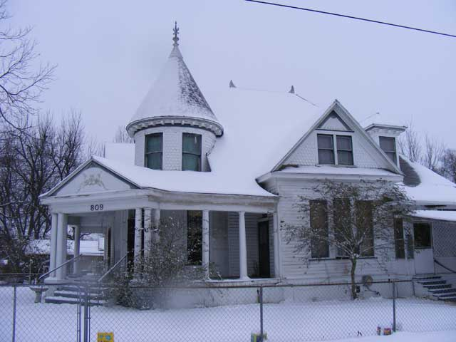 The Old Vic (the Doak House) in the snow, 2011